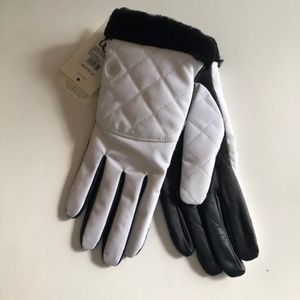 UGG tech smart leather palm glove with fur.
